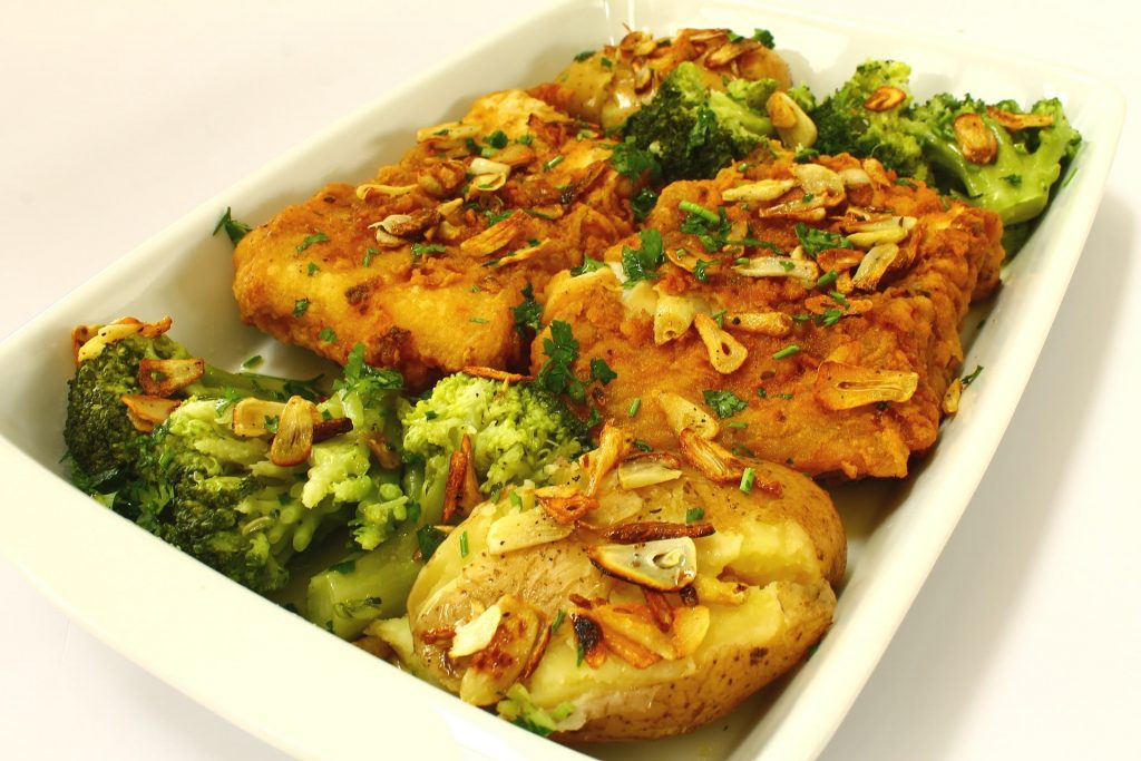 cooked cod with broccoli